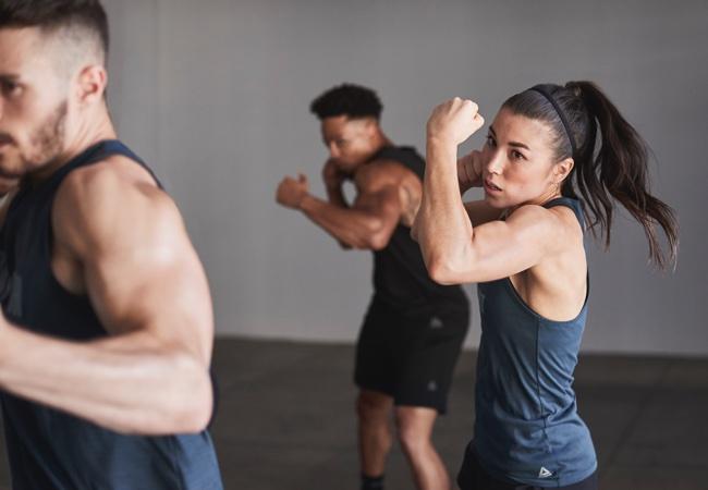 Как воспользоваться преимуществами популярности группового фитнеса