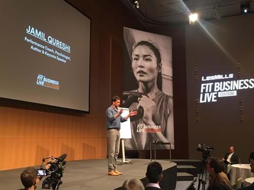 Jamil Qureshi war der Hauptredner von Fit Business Live 2019 - einer Thought Leadership Veranstaltung, die von LES MILLS auf der FIBO in Köln ausgerichtet wurde.