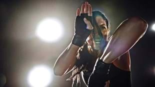 Lissa Bankston showcasing the intensity of BODYCOMBAT™ during a recent Les Mills photoshoot