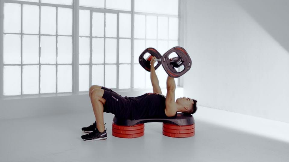 Proper Bench Press Form Les Mills