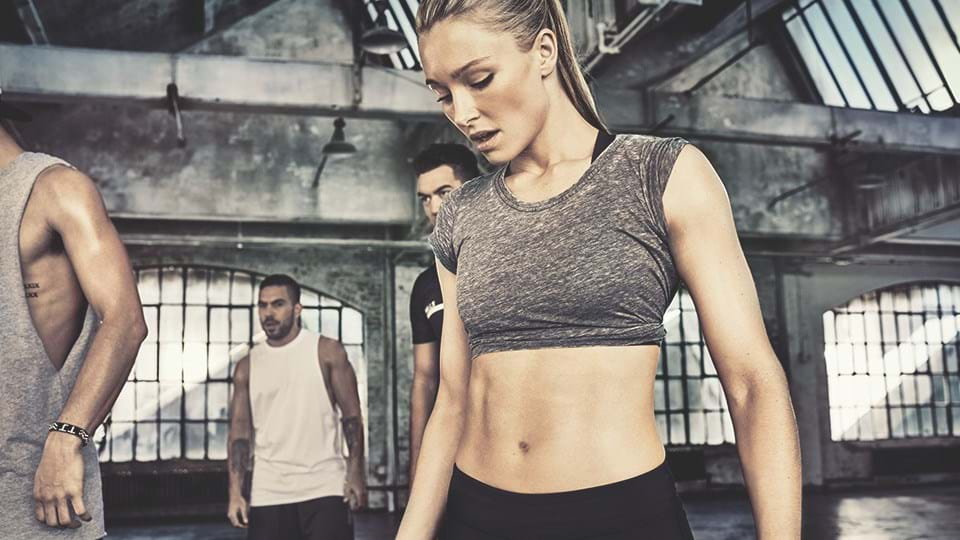 the complete guide to ab exercises core training les mills rh lesmills com